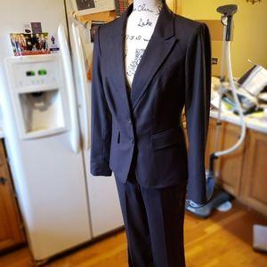 NWOT$295 THE LIMITED Charcoal Jacket & Pants Suit
